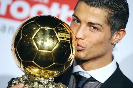 Букмекеры считают вручение Криштиану Роналду «Золотого мяча» делом решенным