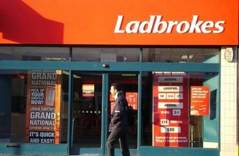 Букмекерскую контору Ladbrokes пытались ограбить дважды за два дня
