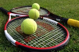 тениси бел