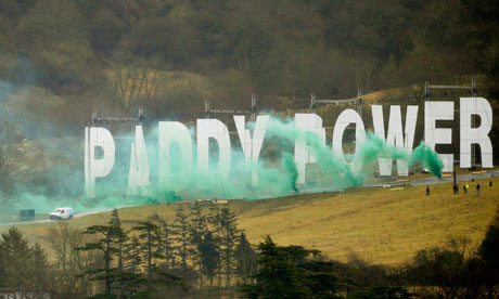 Paddy-Power-sign-at-Chelt-006