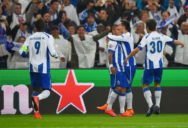 FC+Porto+v+FC+Bayern+Muenchen+UEFA+Champions+05zFm7MrAHLl