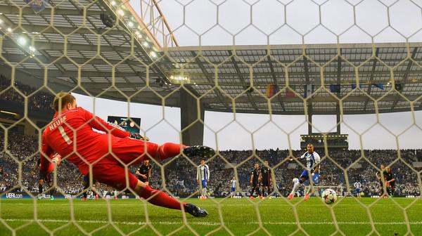 FC+Porto+v+FC+Bayern+Muenchen+UEFA+Champions+3dUn1H28X4vl