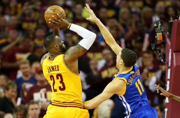 2015+NBA+Finals+Game+Four+k4e9RVgT_aDl