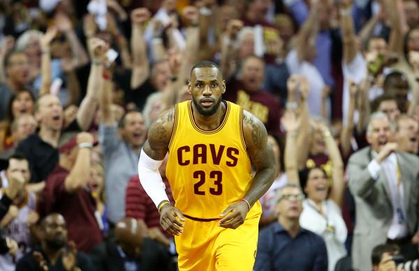 2015+NBA+Finals+Game+Four+pPzlNzeAvu4l