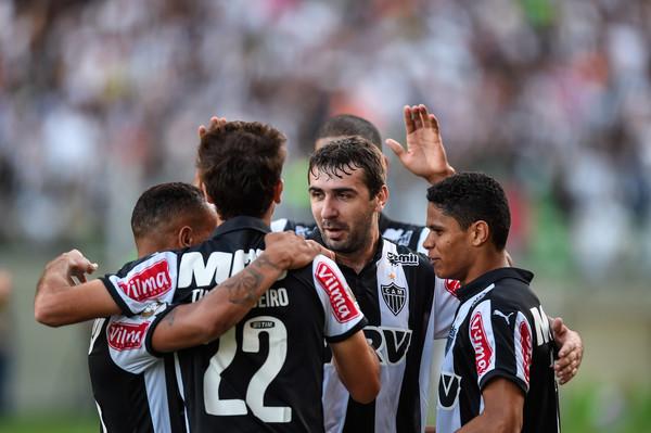 Atletico+MG+v+Vasco+Brasileirao+Series+2015+nmPl_gVbA_3l